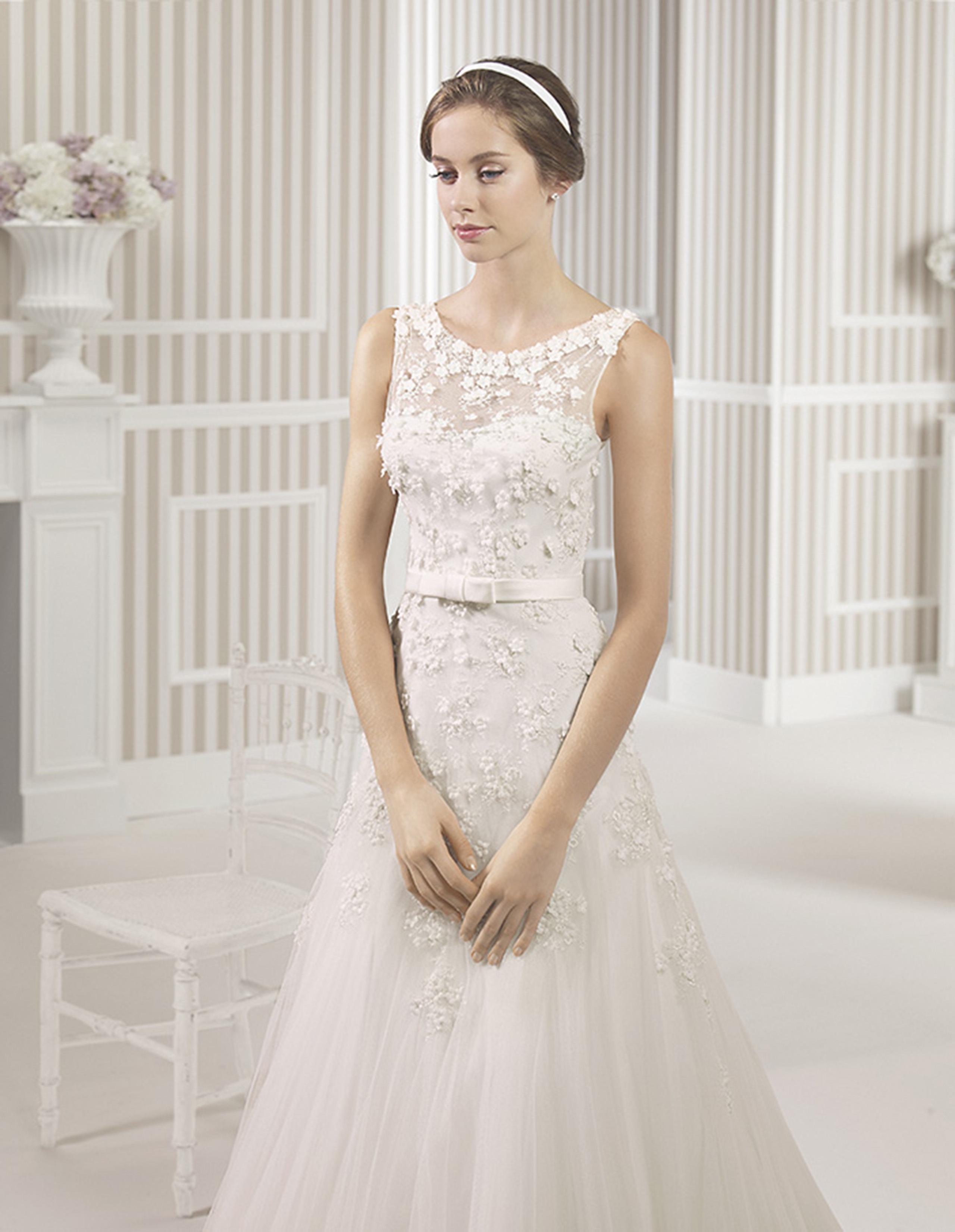 LEAL Vestido de Luna Novias 2015