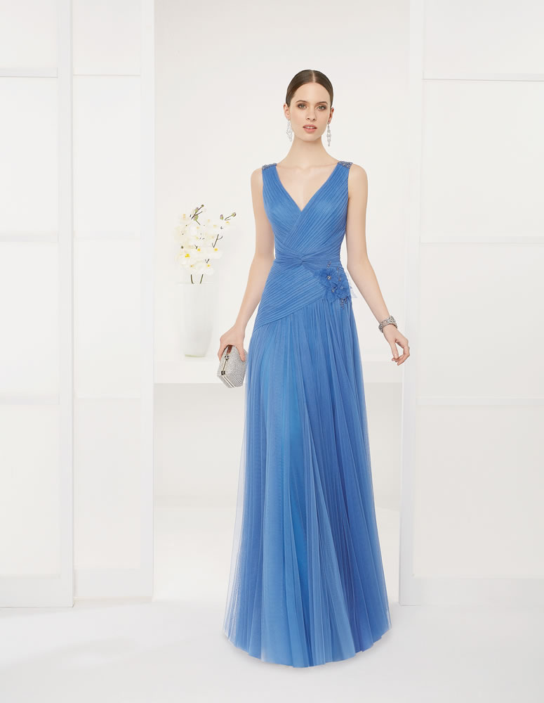 9G2B9 Vestido de Fiesta Couture Club