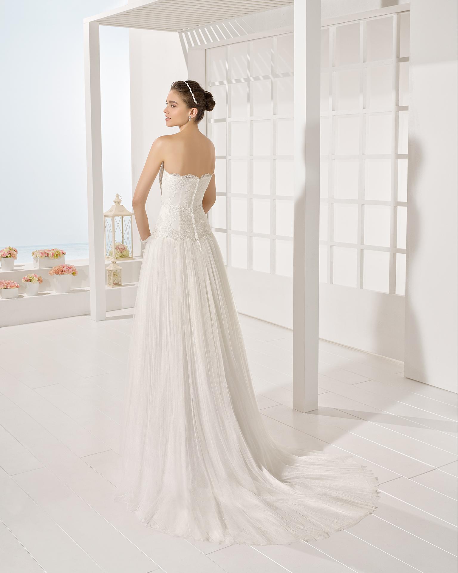 Yago wedding dress, Luna Novias 2017