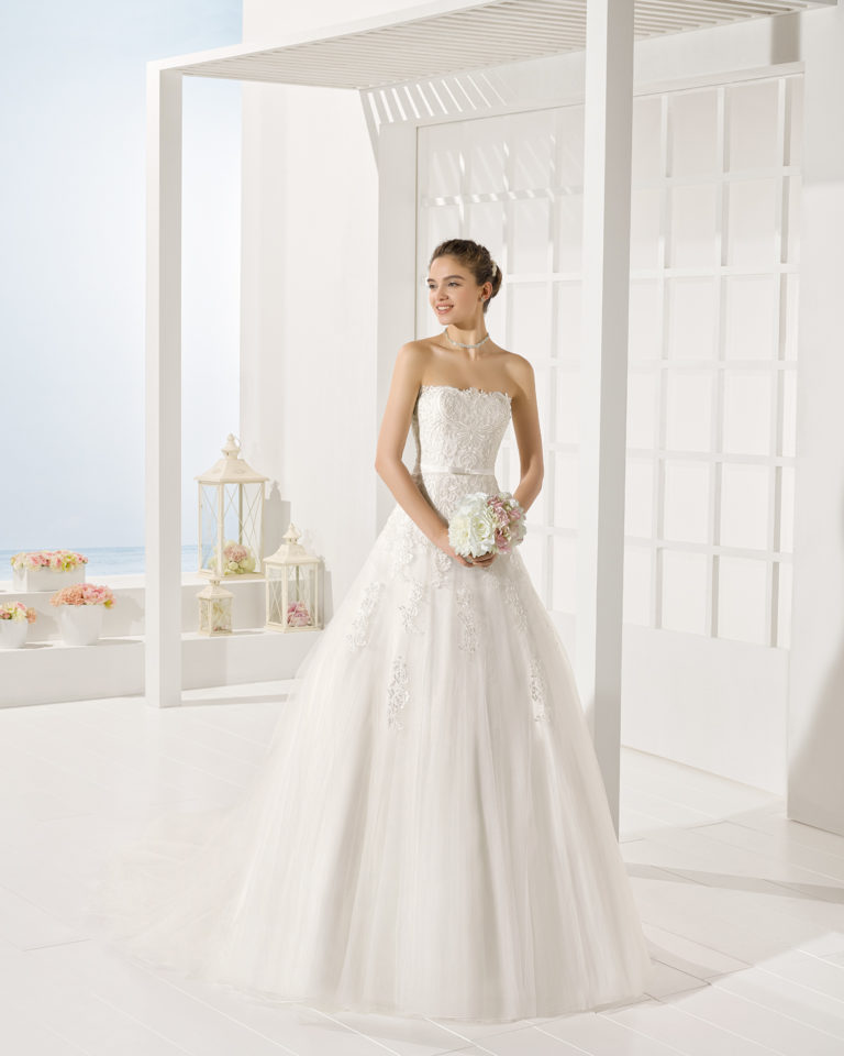 Yeray wedding dress, Luna Novias 2017