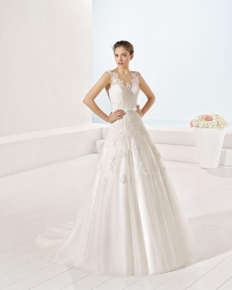 Yerba wedding dress, Luna Novias 2017