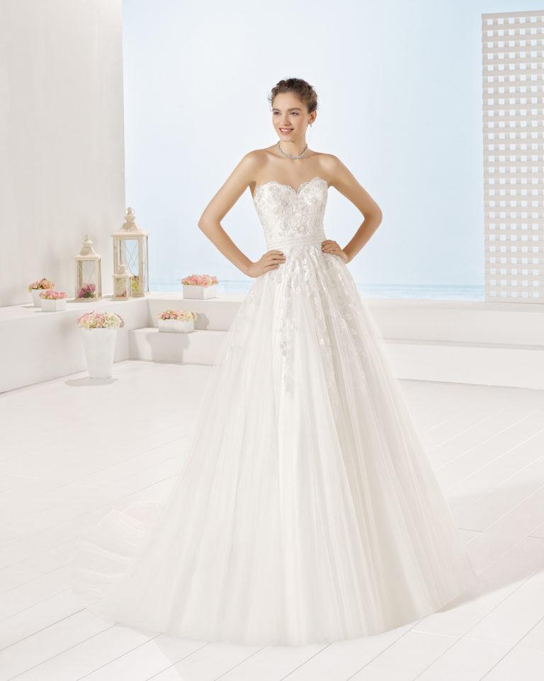 Yerry wedding dress, Luna Novias 2017