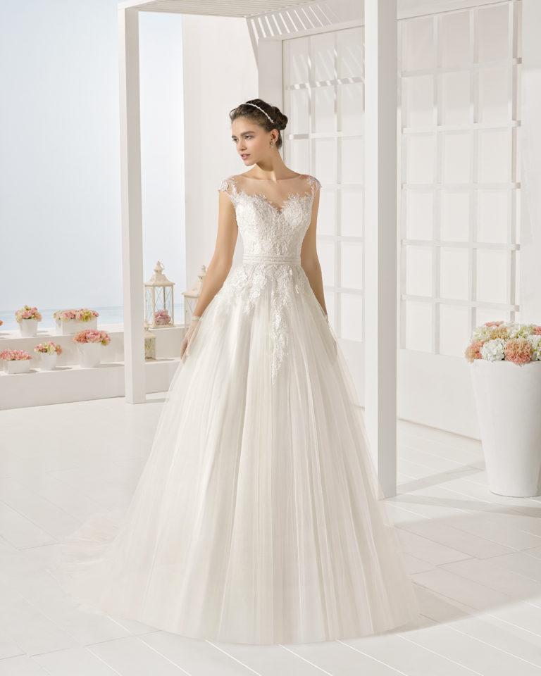 Yesal wedding dress, Luna Novias 2017