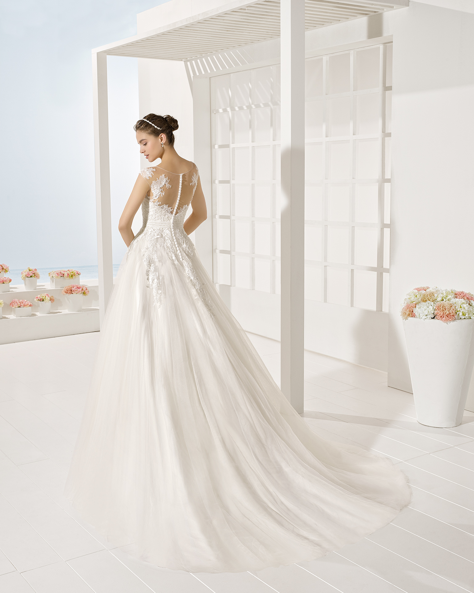Yesal wedding dress, Luna Novias 2017