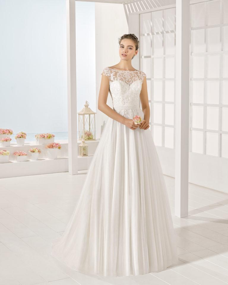 Yet wedding dress, Luna Novias 2017