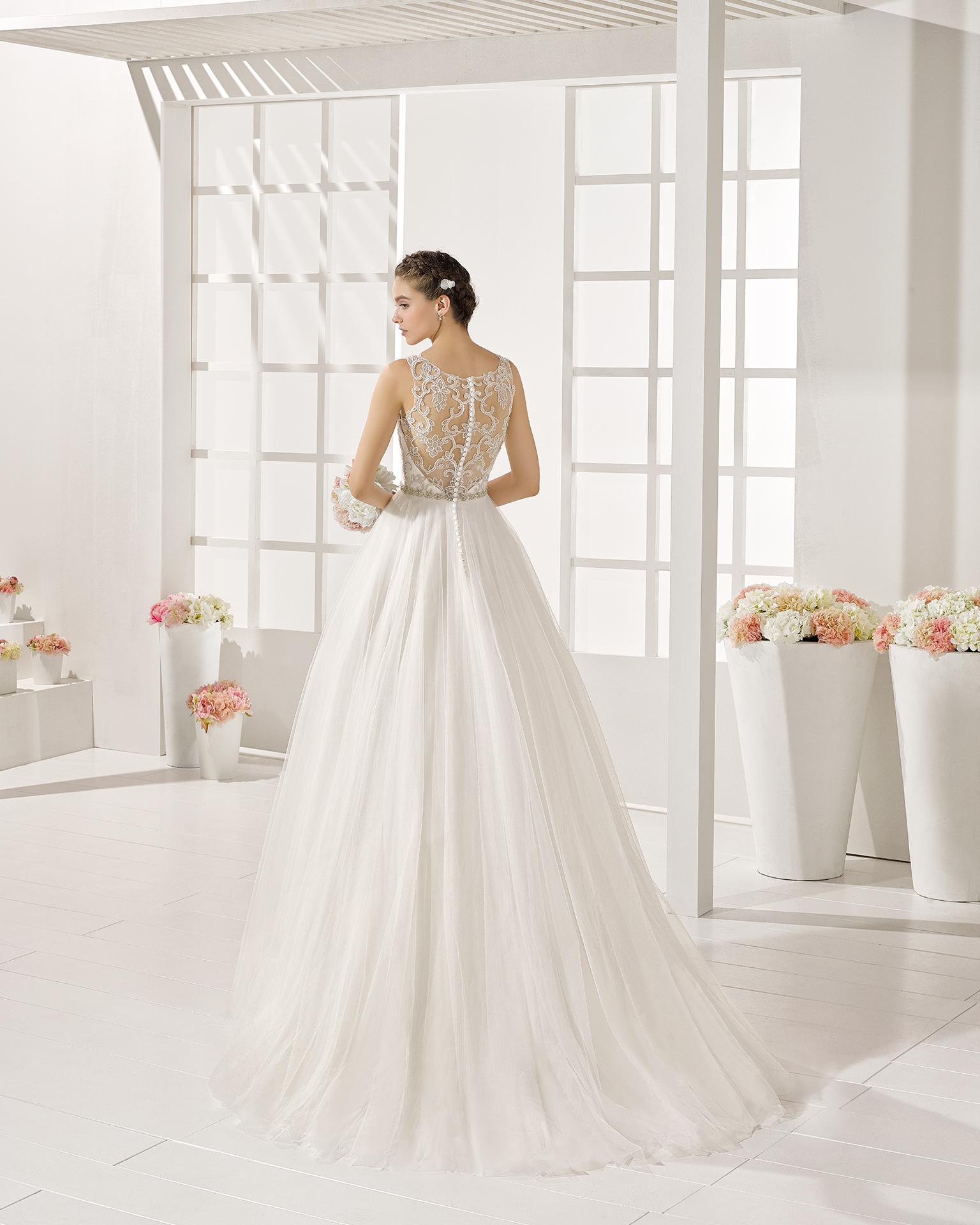 Yguazu wedding dress, Luna Novias 2017