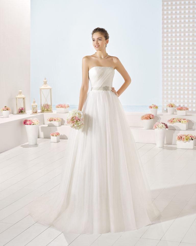 Yield wedding dress, Luna Novias 2017