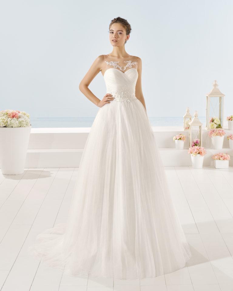 Yokel wedding dress, Luna Novias 2017