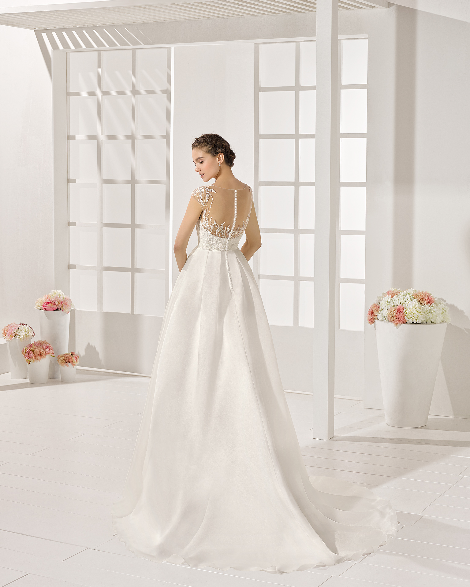 Ysai wedding dress, Luna Novias 2017