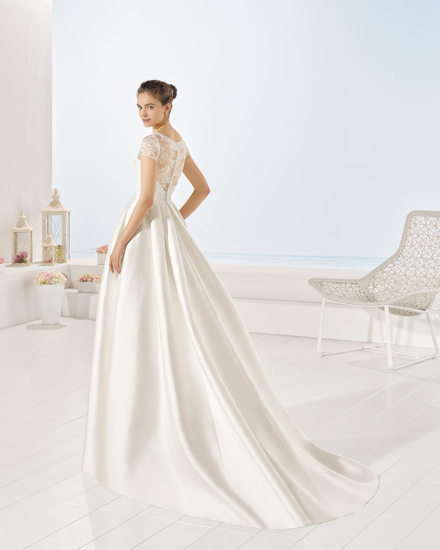 Yurta wedding dress, Luna Novias 2017