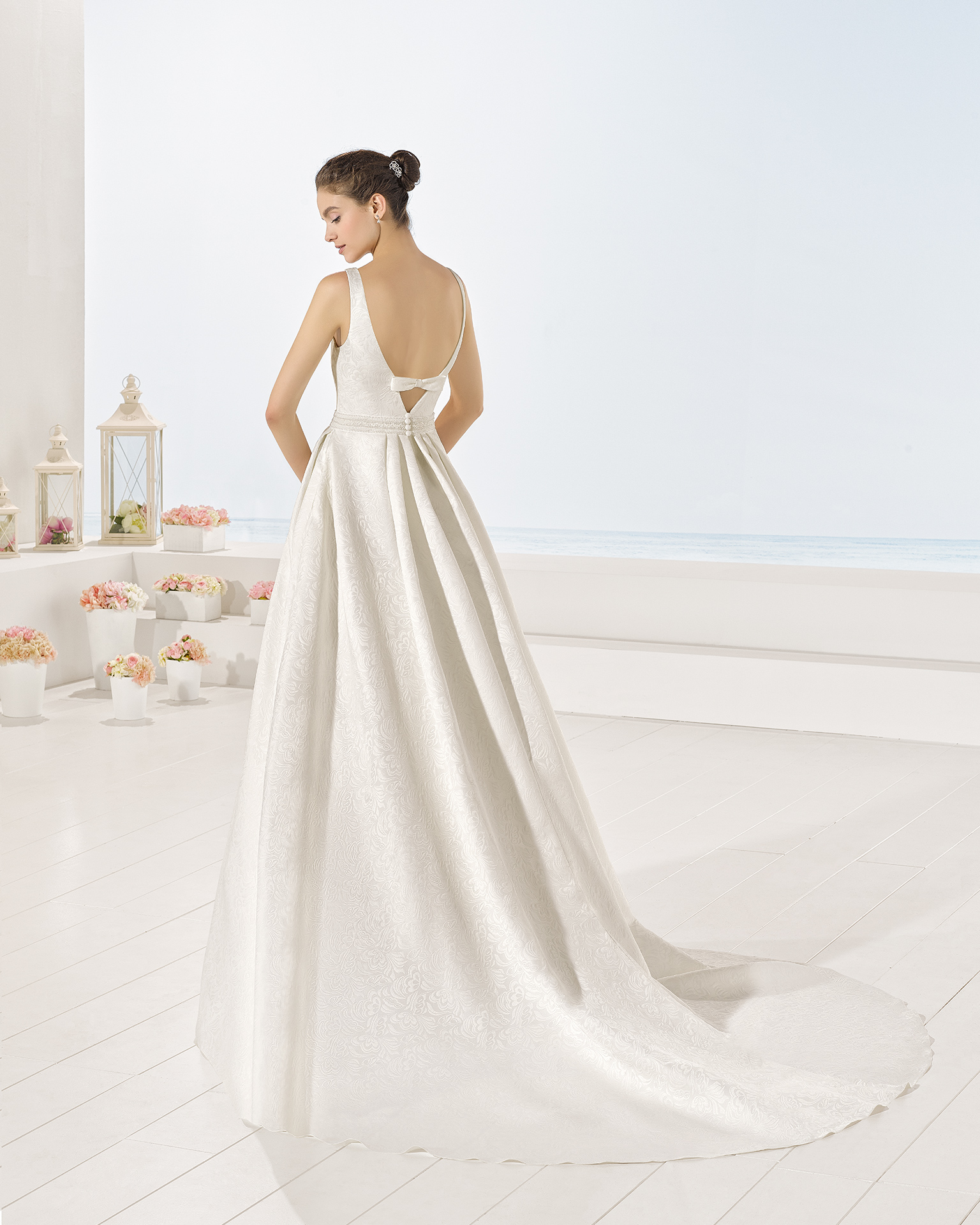Yvette wedding dress, Luna Novias 2017