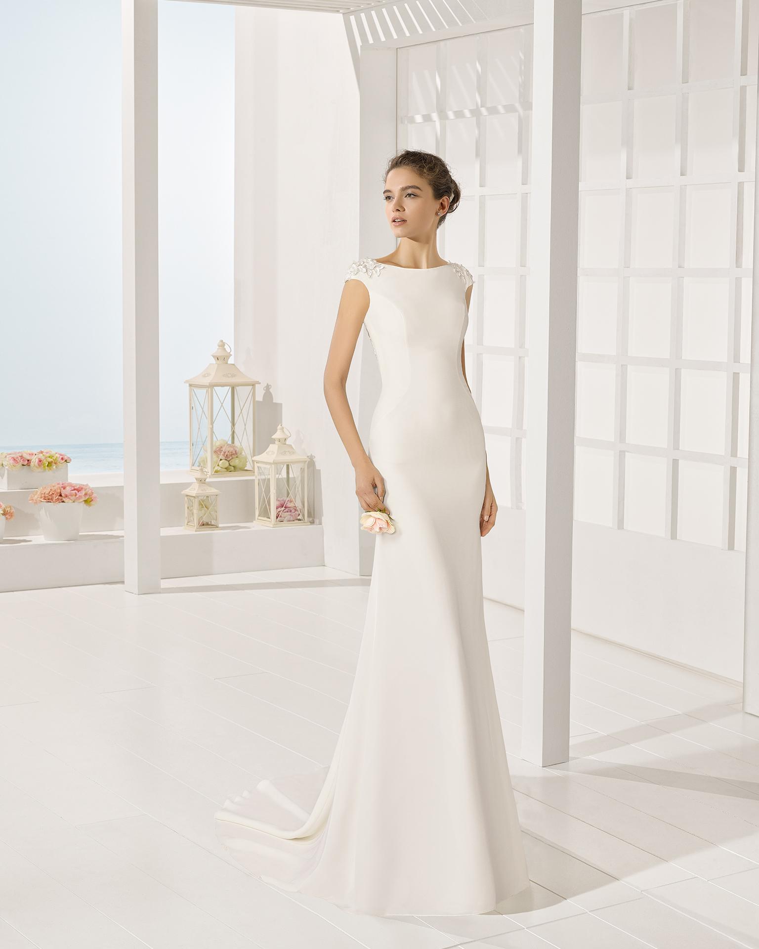 Yvonne wedding dress, Luna Novias 2017