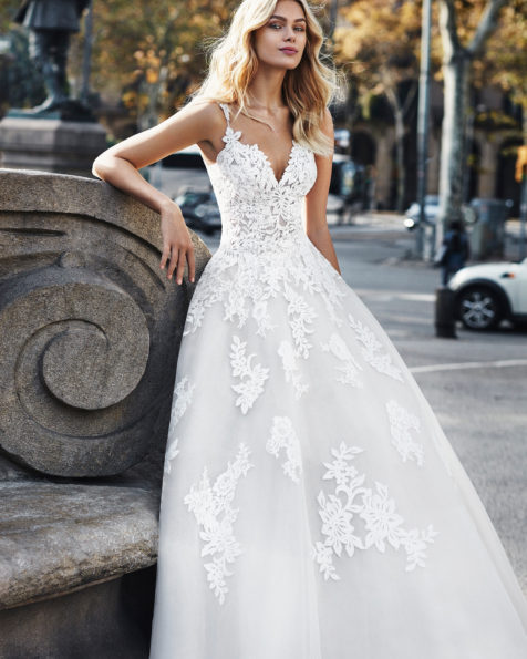 803ea8d6837 New Collection 2019 Archivos - Luna Novias