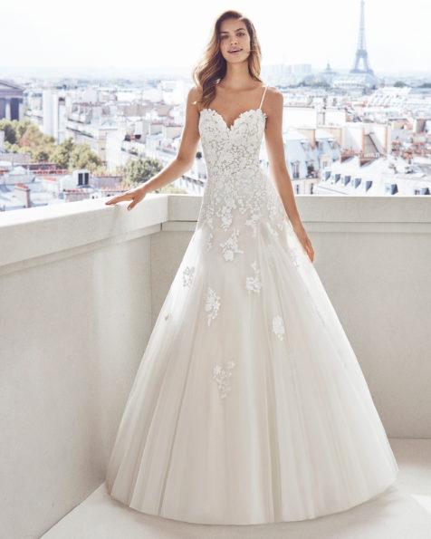64f9afaa59 VESNA. Vestido de novia estilo princesa en tul ...