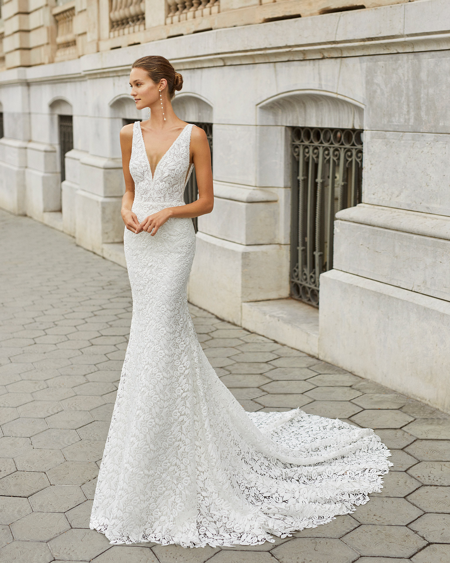 Mermaid wedding dress and petticoat, lace and beaded neckline, back and armholes. Deep-plunge neckline and V-back. 2022  Collection.