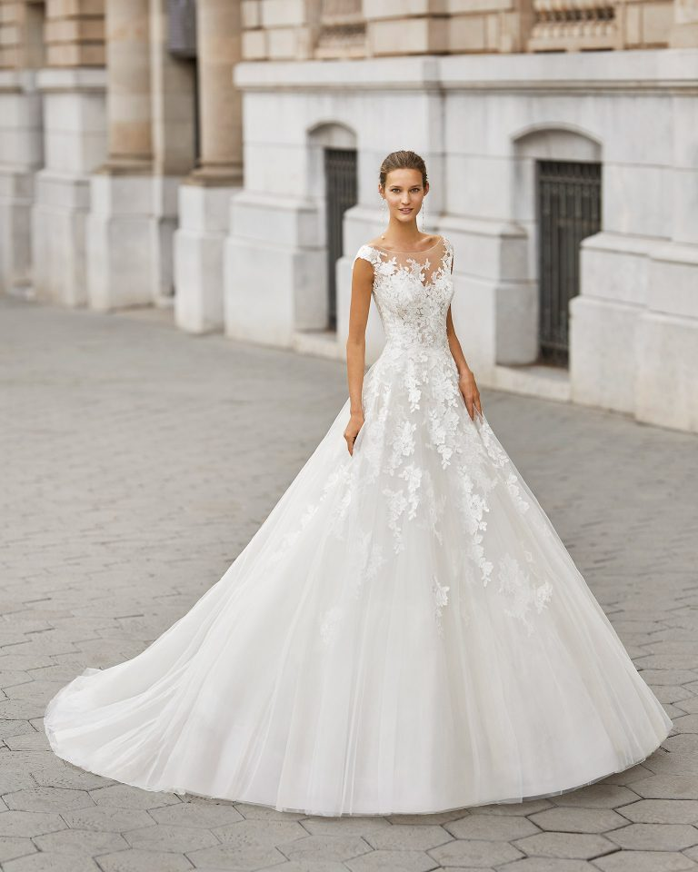 A line wedding dress, tulle, beaded lace. Boat neck and V-back. 2022  Collection.