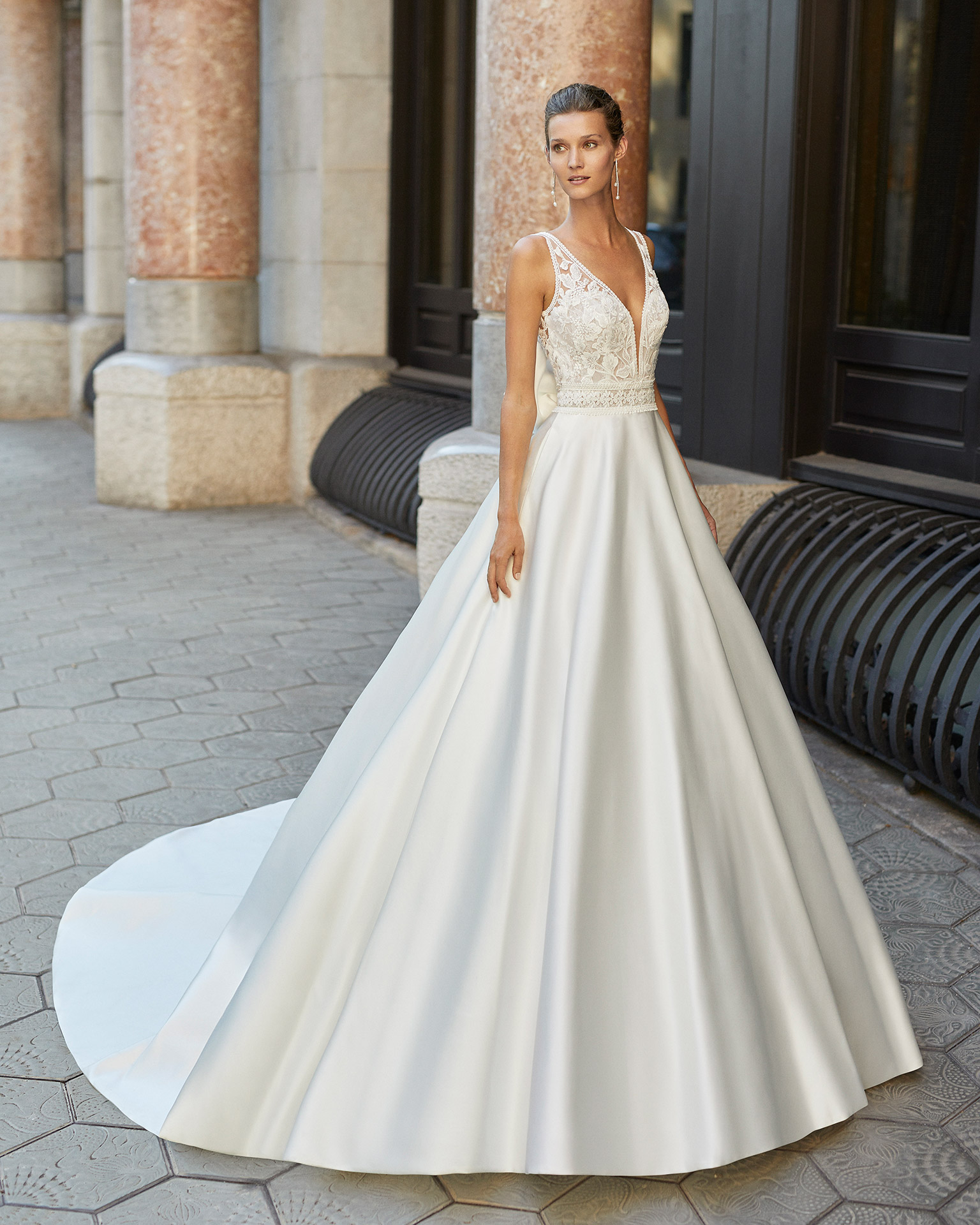 Classic wedding dress, satin, beaded lace. Deep-plunge neckline and low back. 2022  Collection.